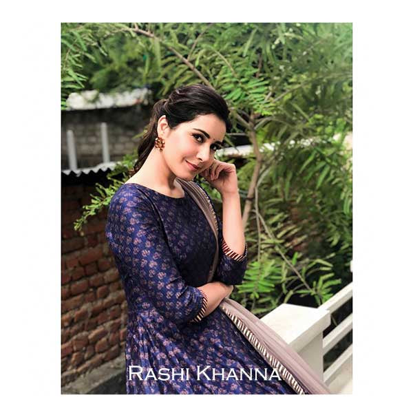 gold-circular-foliage-studs-with-crystals-worn-by-rashi-khanna