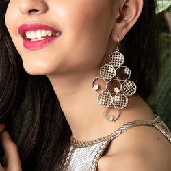 SILVER PLATED HONEYCOMB LONG EARRING WITH FLOWER & MOTI COLLET