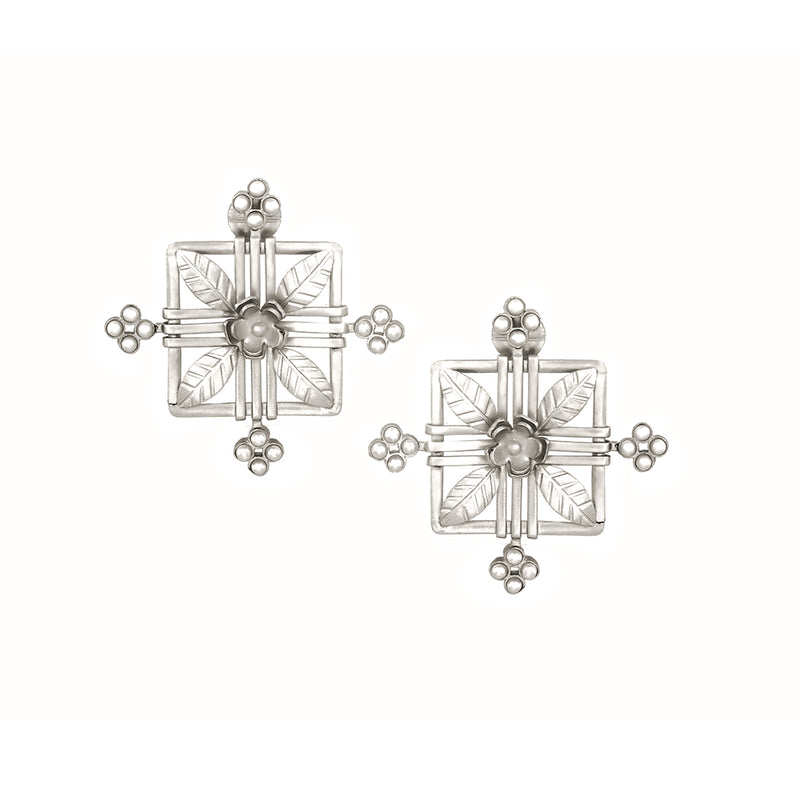 SILVER PLATED SQUARE LEAF FLOWER AND MOTI COLLET EARRING