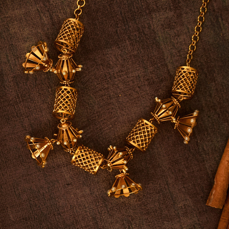 GOLD PLATED LATTICE SCROLL, DAMRU AND JHUMKA NECKPIECE