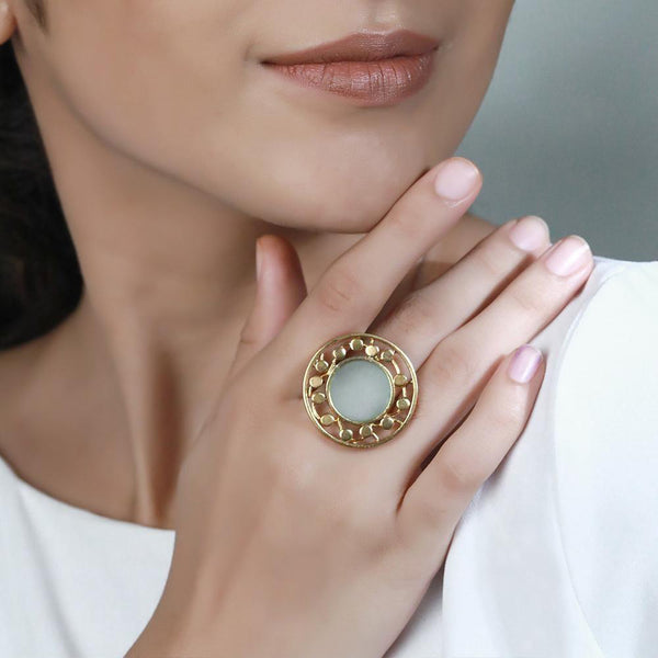 GOLD TONED ROUND RING WITH CYAN ACRYLIC & DOTTED CIRCLE