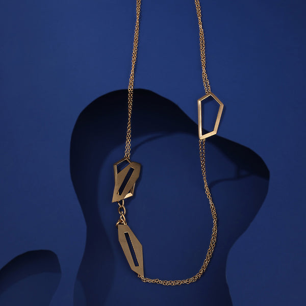 Gold Toned Chain Necklace With Rhomboid Pendants