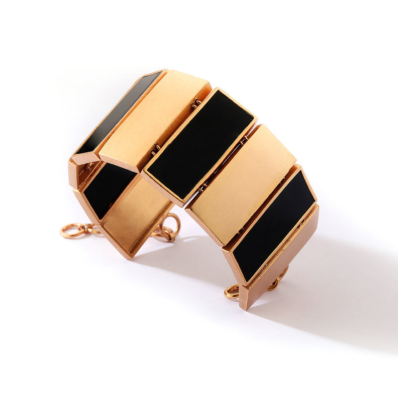 GOLD PLATED CUFF WITH ACRYLIC