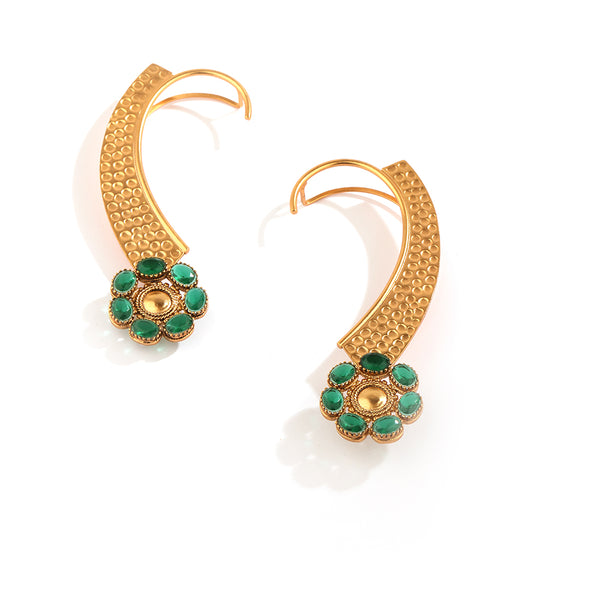 GOLD PLATED BEATEN EARCUFF WITH 7 GREEN XTL & CHAKRA