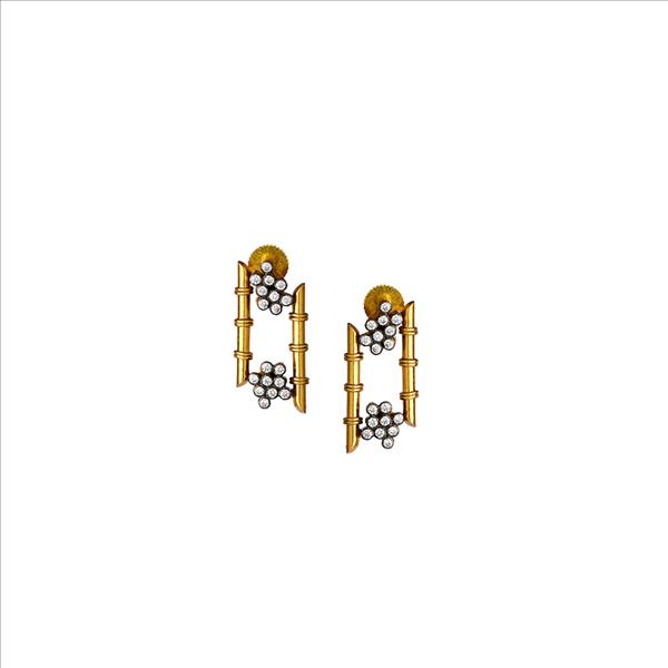Everlasting element earring in gold tone