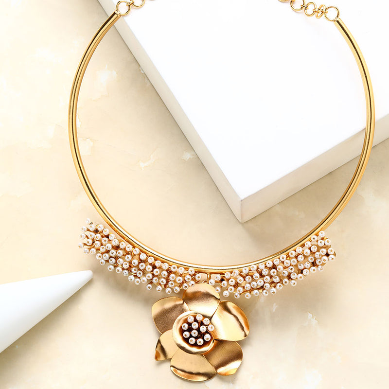 Gold Pearl & Buttercup Collar Necklace
