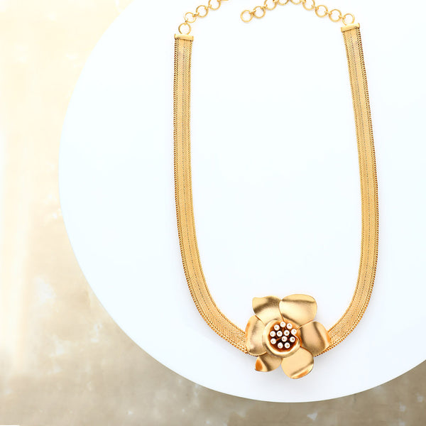 gold-long-buttercup-necklace