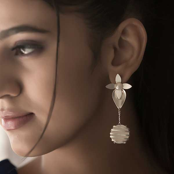 Silver Plated Flower Petal & Wrapped Metal Drop Earrings Worn By Anu Emmanuel