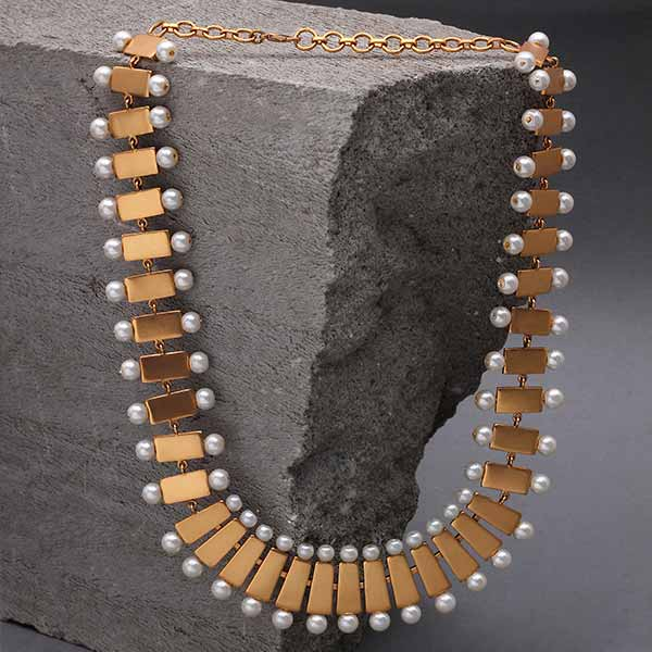 long-pearl-necklace