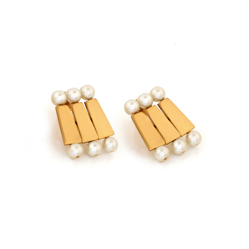 GOLD TONED BRICK AND PEARL STACKED TRIO STUD EARRINGS