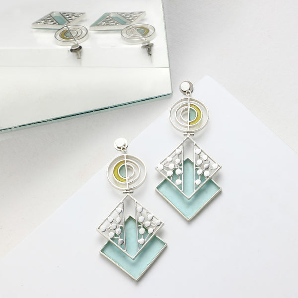 SILVER TONED CYAN ACRYLIC RHOMBUS DROP EARRINGS WITH SPLIT DOTTED DETAIL