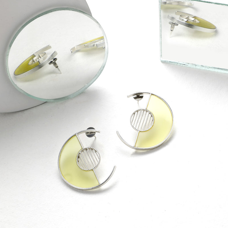 SILVER TONED SEMI-CIRCULAR STUDS WITH YELLOW ACRYLIC ARC & TWIST LINED CIRCLE