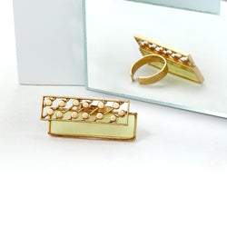 GOLD TONED YELLOW ACRYLIC RING WITH DOTTED BLOCK