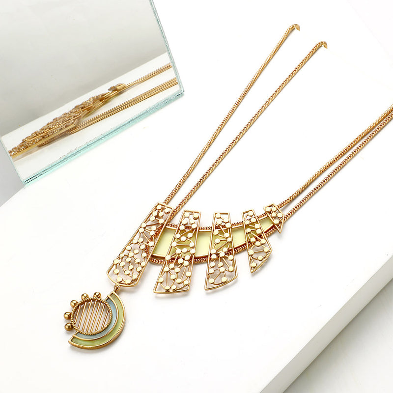 GOLD TONED LAYERED NECKLACE WITH ACRYLIC & DOTTED ARC PENDANT