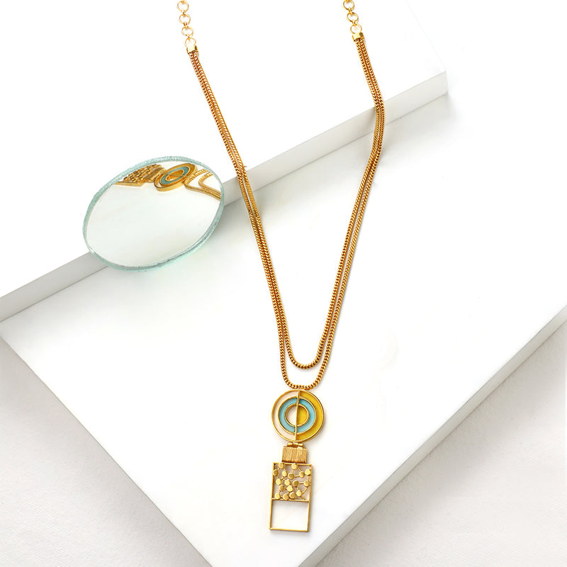 GOLD TONED CHAIN NECKLACE WITH SPLIT CIRCULAR PENDANT FEATURING CYAN & CHARTREUSE ACRYLIC