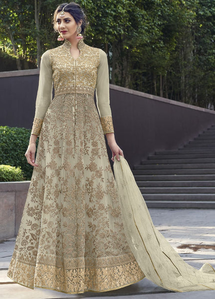 Off White Wedding Wear Anarkali Style Salwar Kameez