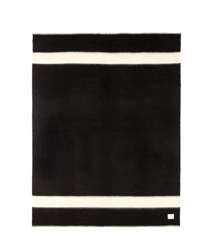 THE SIEMPRE RECYCLED BLANKET IN BLACK WITH IVORY STRIPE