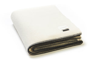 THE SIEMPRE SPEAKEASY RECYCLED BLANKET IN IVORY