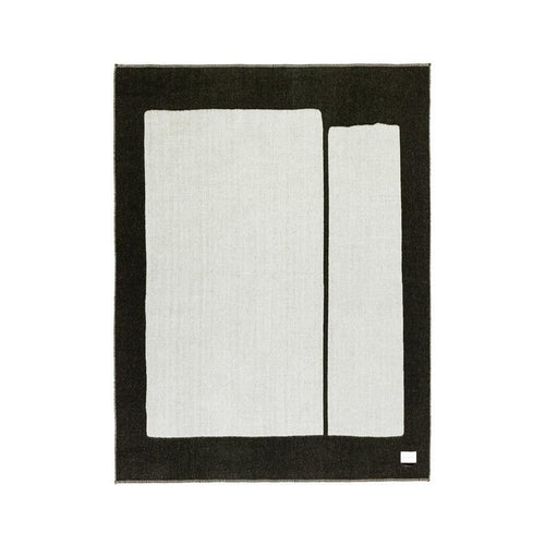 GENERATION REVERSIBLE THROW IN BLACK/IVORY
