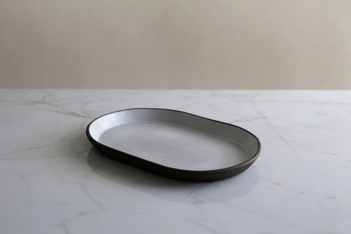 WHITE MEDIUM OVAL DISH