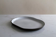 Load image into Gallery viewer, WHITE LARGE OVAL DISH