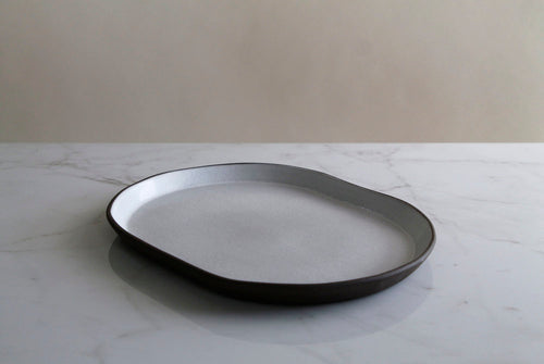 WHITE LARGE OVAL DISH