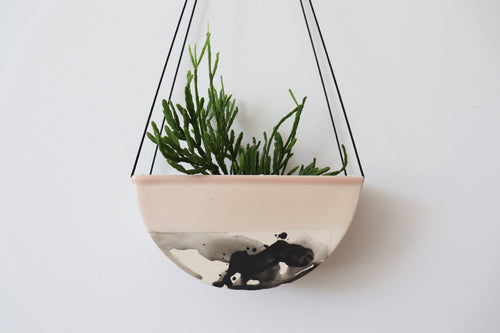 HALF MOON HANGING PLANTER IN SUMMER SWEET, MEDIUM