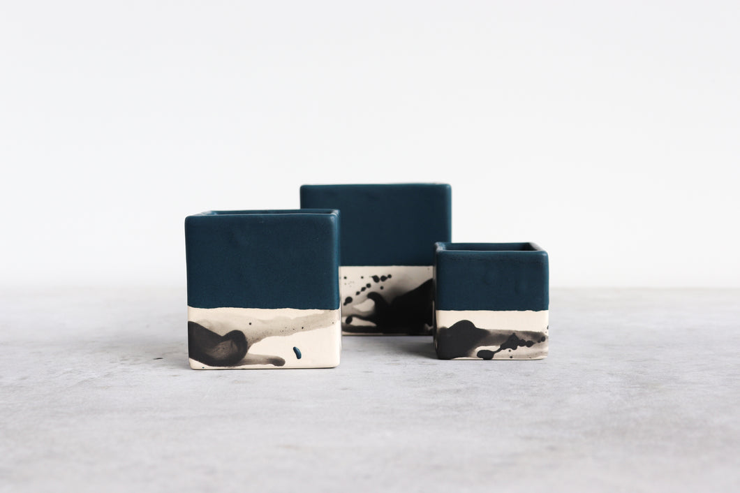 SQUARE SPLATTER PLANTER IN DEEP OCEAN, SMALL