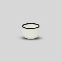 Load image into Gallery viewer, BLACK RIM DESSERT BOWL