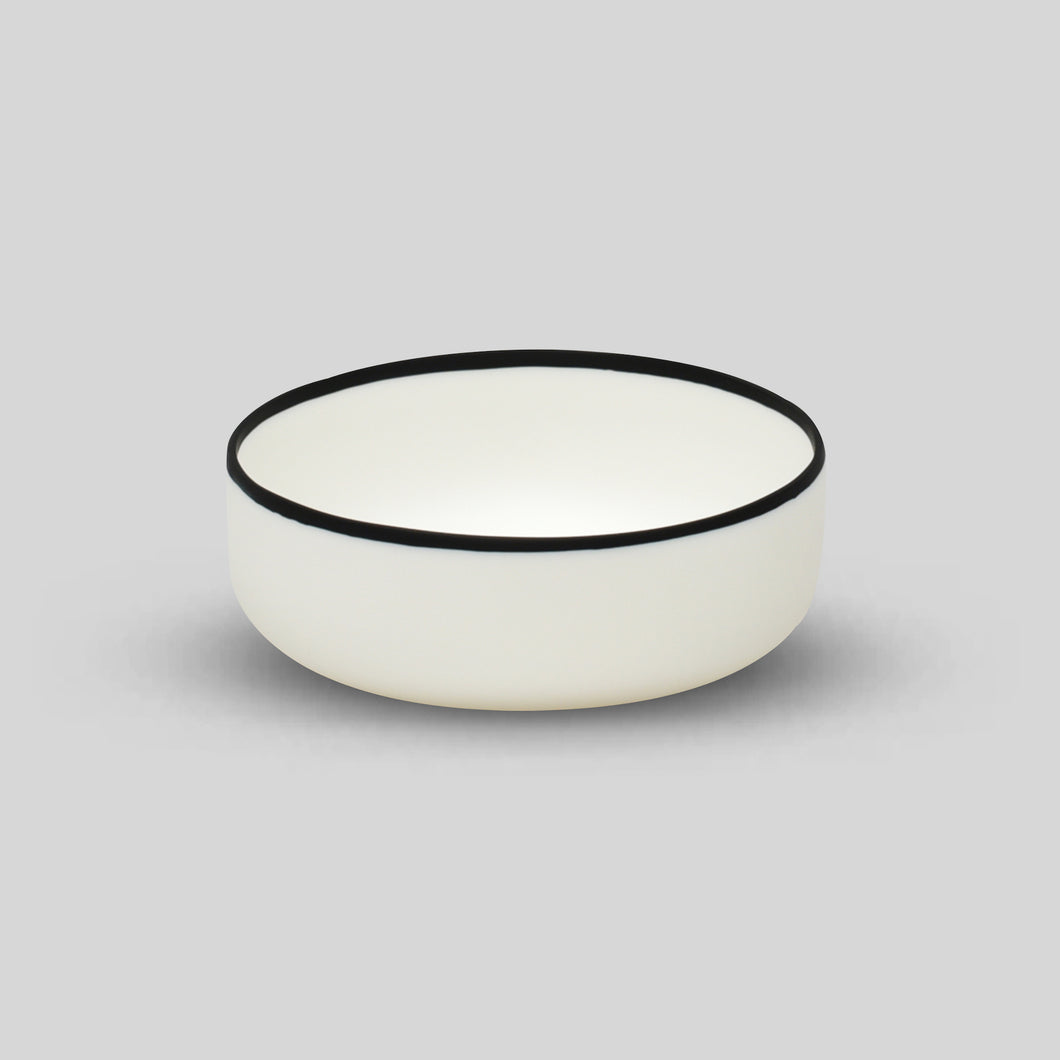 BLACK RIM LARGE BOWL