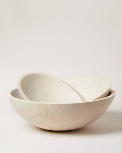 WHITE CRAFTED WOODEN BOWLS