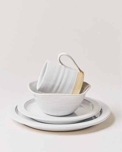 WHITE SILO PLACE SETTING