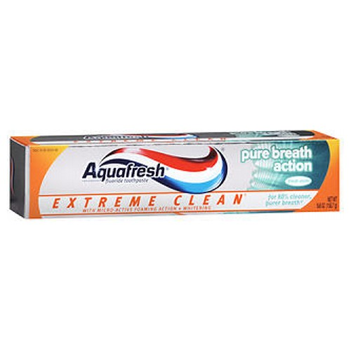 Aquafresh Extreme Clean Pure Breath Action Fluoride Toothpaste Mint 5.6 oz by Aquafresh