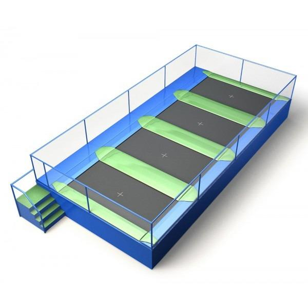 Configuration 7 • One row of four rectangular jump mats • (10.6m x 5.2m)