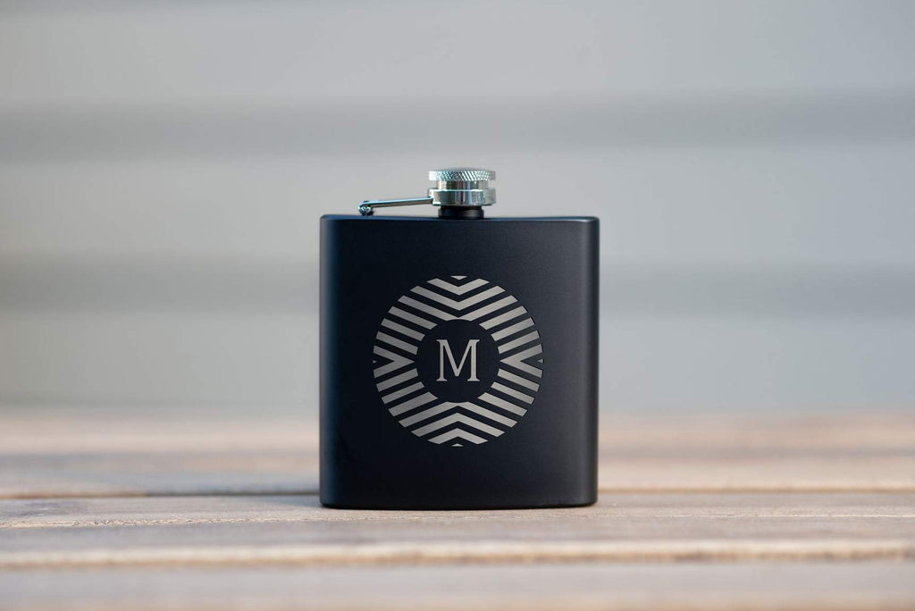 20 Types of Personalized Flasks for Groomsmen