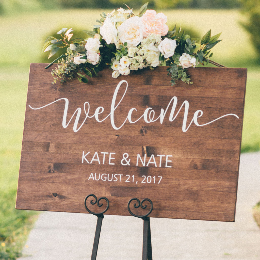 Wooden wedding welcome sign with vinyl decal