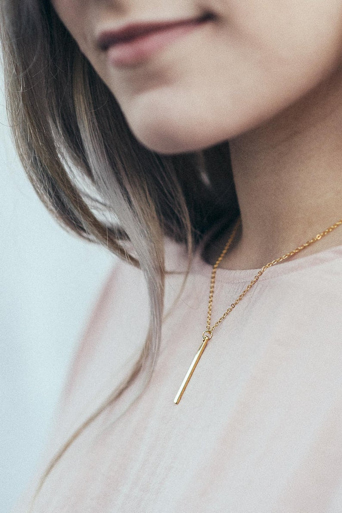 personalized bridesmaid vertical bar neckless with name or coordinates with gold, silver and rose gold color options