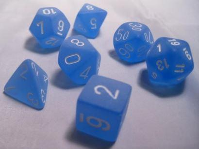 Chessex 7 die set Frosted Blue/White