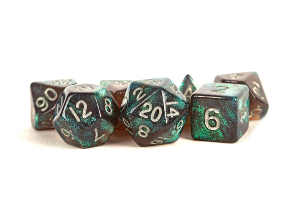 MDG Stardust Gray w/ Silver Numbers 16mm Polyhedral Dice Set