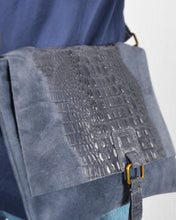 Afbeelding in Gallery-weergave laden, Ocean croco bag