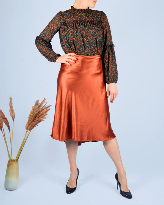 Rusty silk skirt