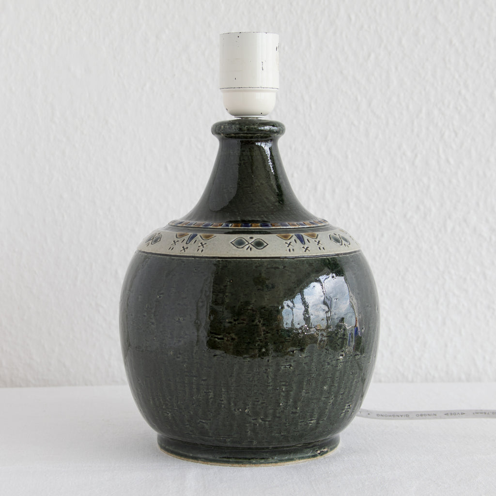YNGVE BLIXT Höganäs Dark Green Glazed Stoneware Table Lamp - Mollaris.com
