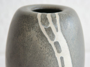 WÜRTZ Ceramics Contemporary Small White Grey Glazed Stoneware Vase - Mollaris.com