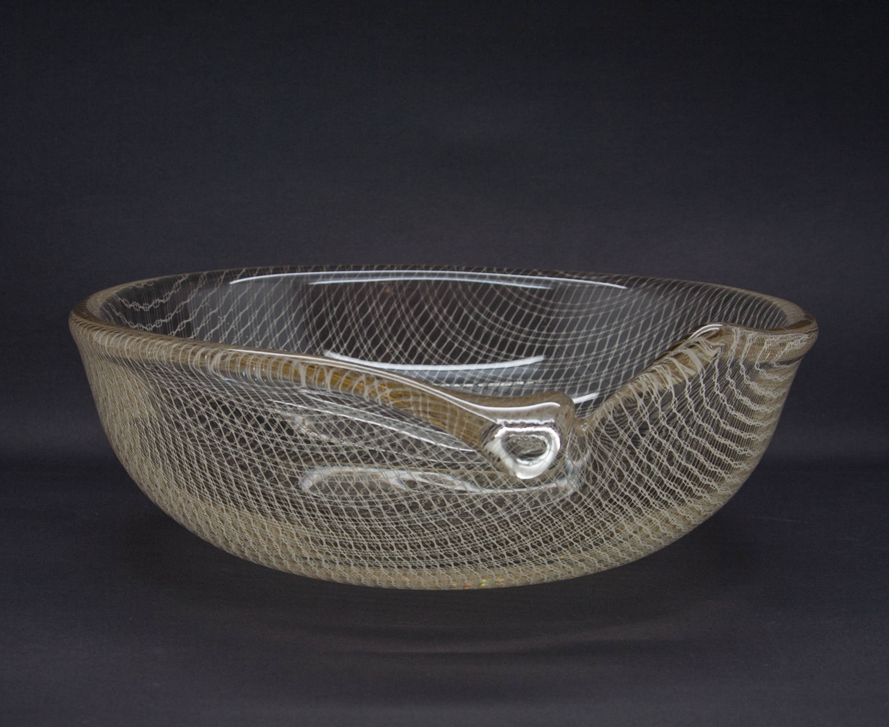 MILOS PULPITEL / RUDOLF SCHWEDLER Harrach Studio HARRTIL White Lattice Glass Bowl - Mollaris.com