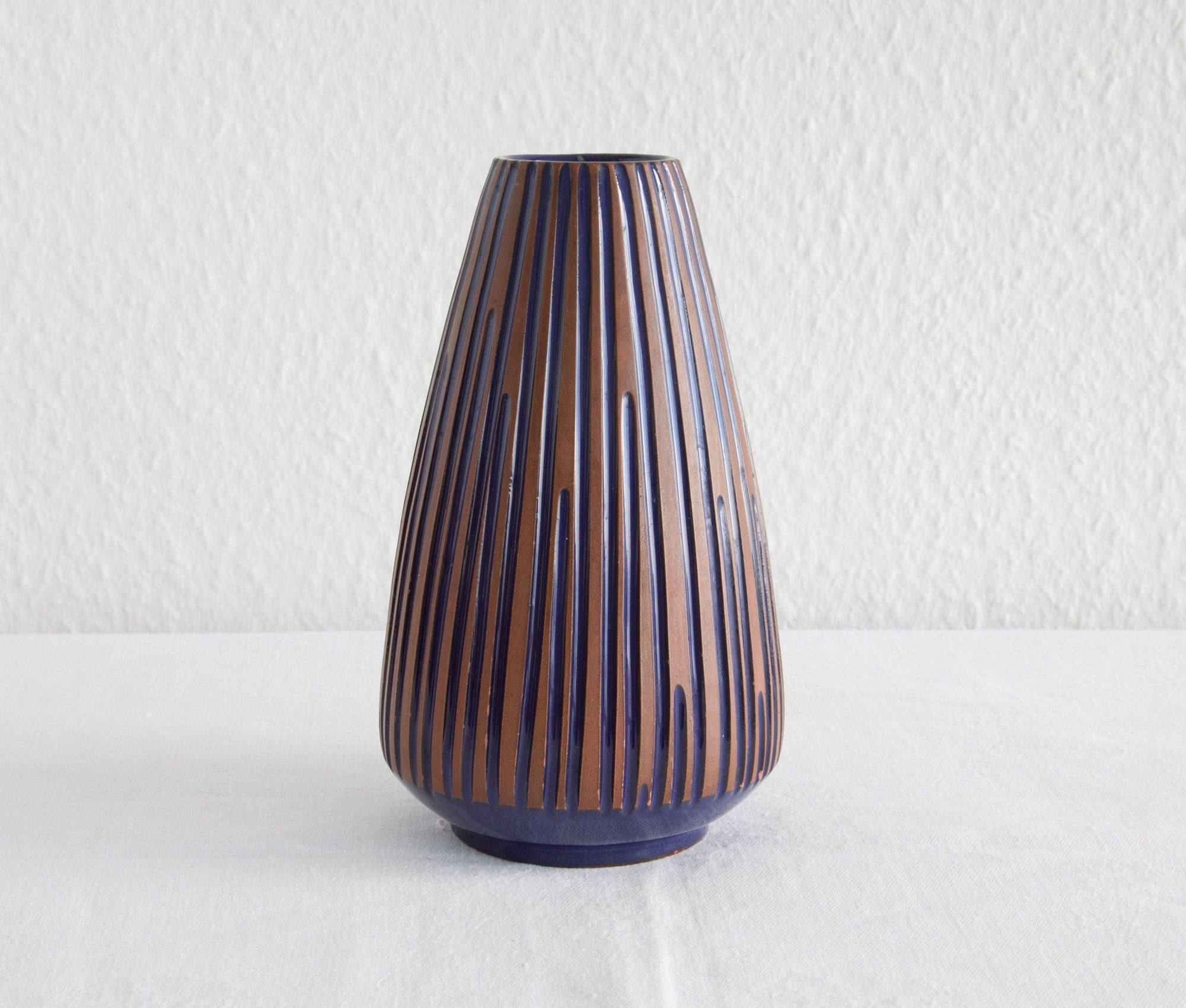 LØVEMOSE Ribbed Blue & Brown Glazed Ceramic Vase - Mollaris.com