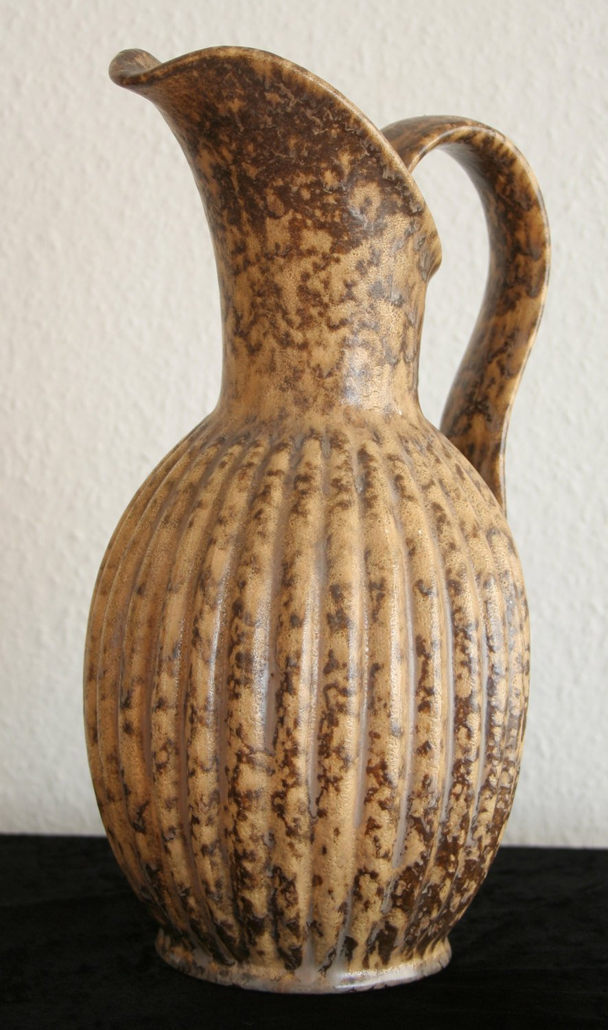 MICHAEL ANDERSEN Large Ribbed Brown Glazed Ceramic Pitcher Vase - Mollaris.com
