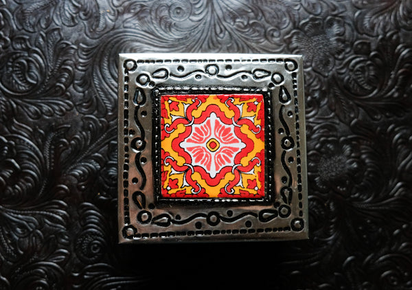 Tin Box with 1 Ceramic Tile