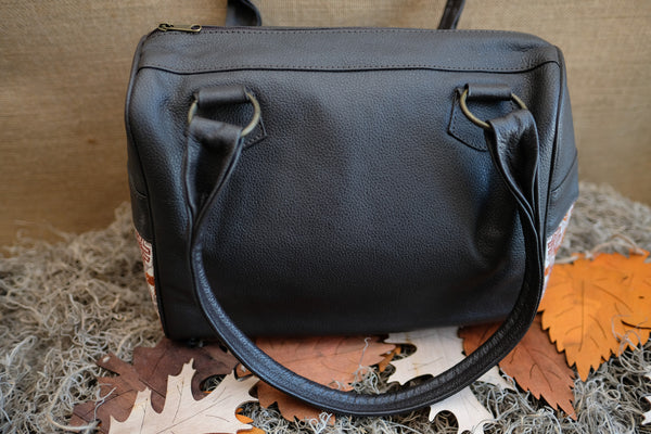 Tuja Leather Handbag