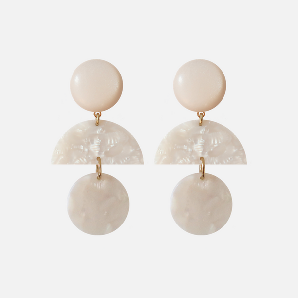 STATEMENT EARRING - WHITE