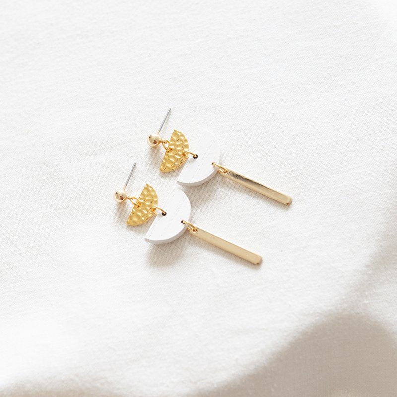 HOPE 22 EARRING - WHITE